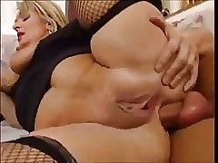 Cumshot hot videos - moms sex videos